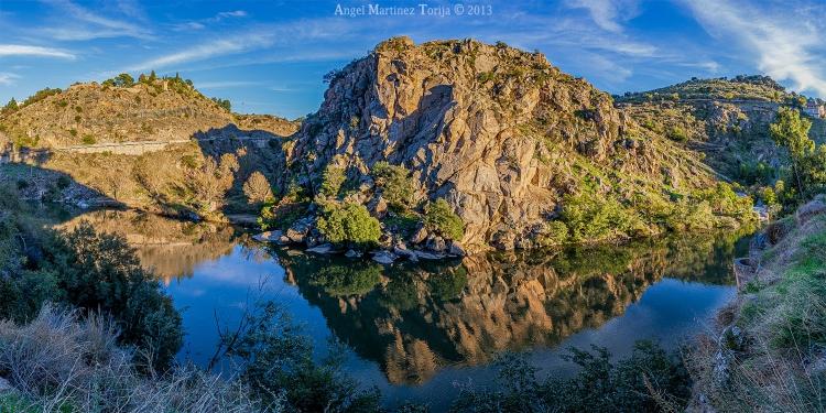 0013 2020 04 29 Panoramica del Cerro del Bu desde la senda ecologica 2013 10 31