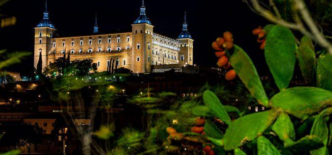 Reportaje Fotográfico – Vistas del Alcázar desde el Castillo de San Servando, de noche