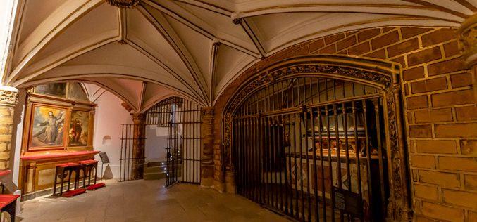 Reportaje Fotográfico – La Cripta de la Catedral