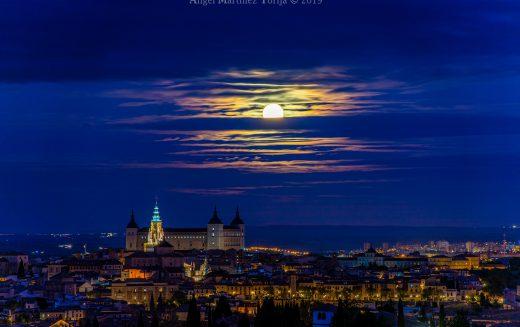 Paseo Fotográfico – Toledo y la Luna