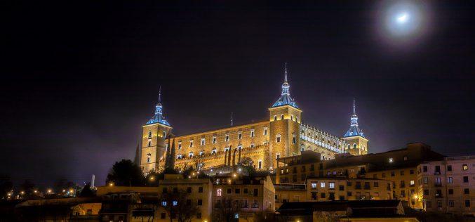 Paseo Fotográfico – El Alcázar de Toledo, de noche