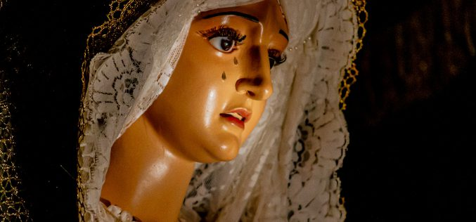 Imaginería Religiosa – Nuestra Señora del Amparo