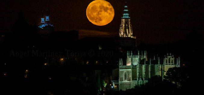 Reportaje Fotográfico – La luna del 3 de Septiembre de 2020 desde Montesión