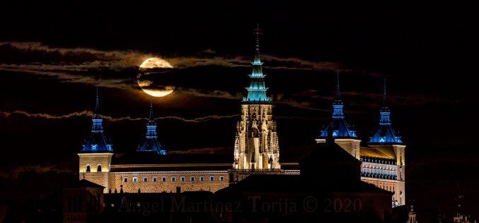 Reportaje Fotográfico – La luna del 4 Octubre 2020, desde la Ermita de San Jerónimo